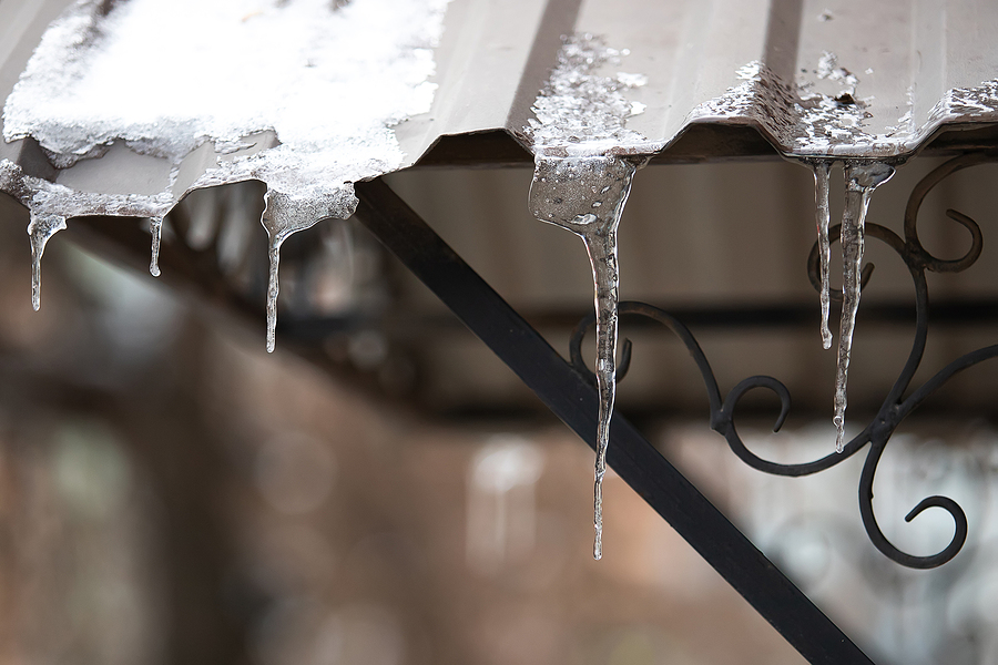 Can Ice Damage My Metal Roof?