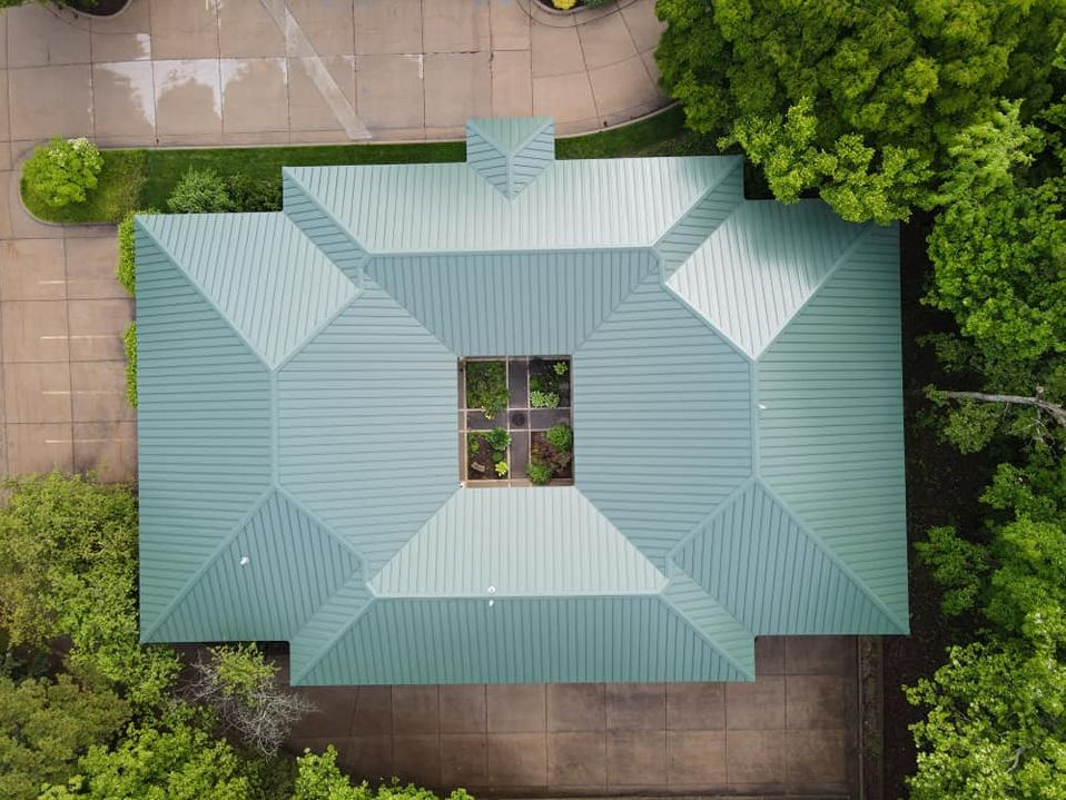 Metal Roof Color Trends to Expect This Year